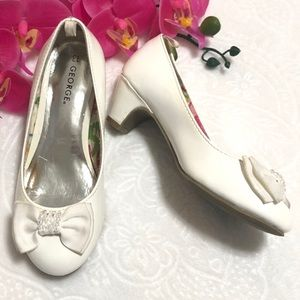 George Girls White Patent Leather Dress Shoes